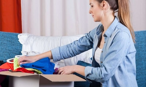 چگونه لباس را بسته بندی و پست کنیم؟